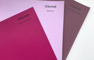 Adesivos de cores Suvinil: cores rosa vibrante, ikebana e geléia de amora.